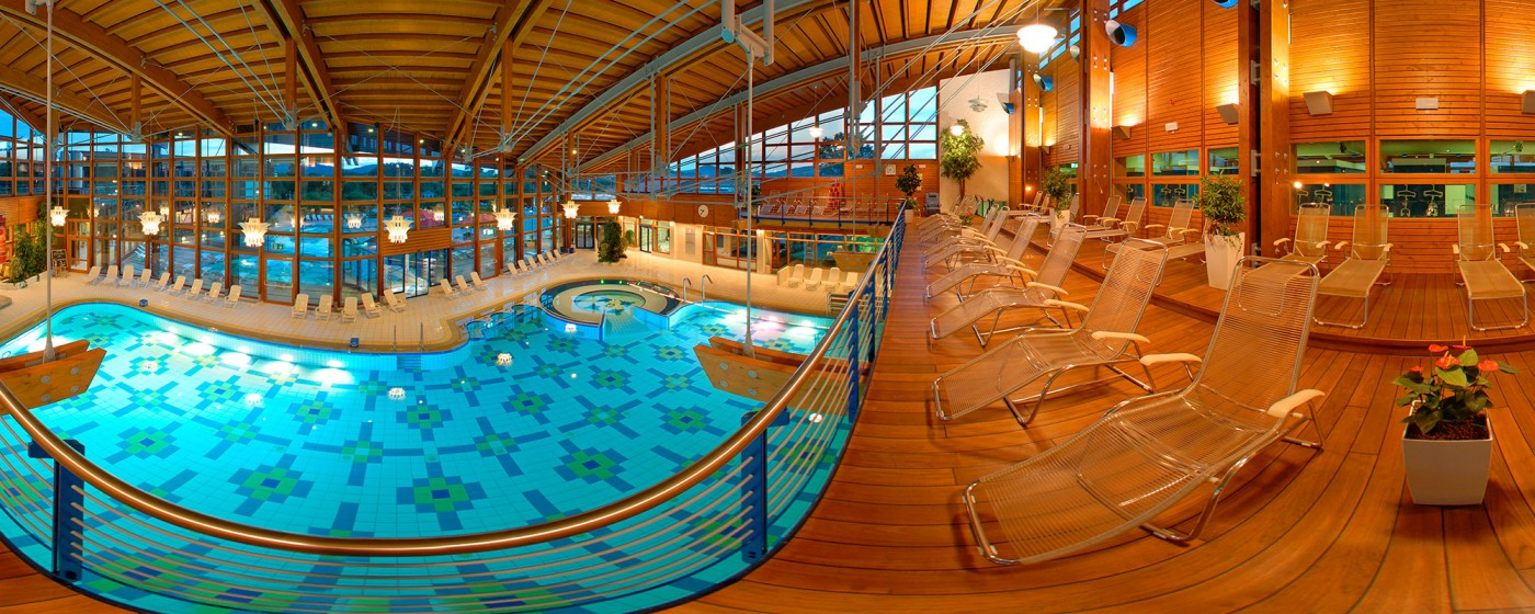 Obermain therme bad staffelstein vitalbecken panorama